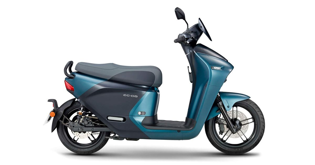 Yamaha EC-05 Electric Scooter is Coming to India Via Drivezy